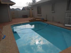 Sunshine Guest House, Penzióny  Kempton Park - big - 1