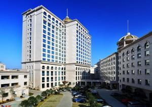 Zhang Jia Jie Cili Hotel