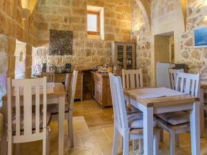 Gozo Spirit, Bed & Breakfast  Nadur - big - 25