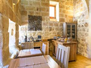 Gozo Spirit, Bed & Breakfast  Nadur - big - 26