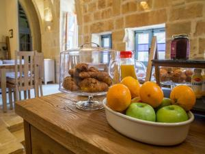 Gozo Spirit, Bed & Breakfast  Nadur - big - 29