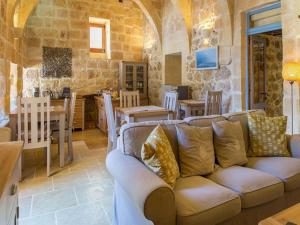 Gozo Spirit, Bed & Breakfast  Nadur - big - 23