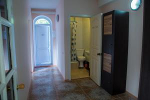 Guest House Sofia, Pensionen  Khosta - big - 13