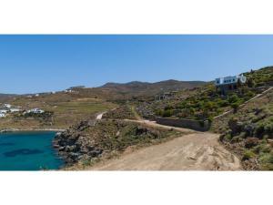 Villa Agios Romanos,Tinos, Ville  Tinos Town - big - 3
