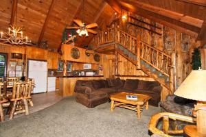 Chipmunk Lodge