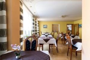 Hotel Adler, Отели  Висмар - big - 13