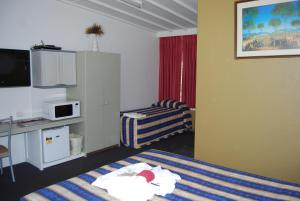 Discount Holbrook Settlers Motel