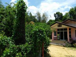 Ada's Place, Гостевые дома  Ubon Ratchathani - big - 41