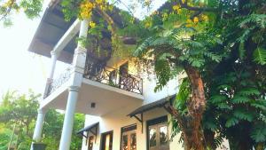 Анурадхапура - Hotel Sisilthera
