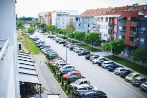Purple Apartment, Ferienwohnungen  Novi Sad - big - 18