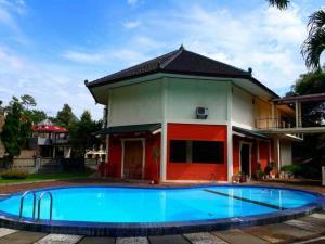 New Pramesthi Hotel