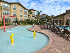 Enchanted Bella Piazza - Three Bedroom Condominium 813, Apartmány  Davenport - big - 7