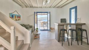 Mykonos Panormos Villas & Suites, Ville  Panormos Mykonos - big - 102