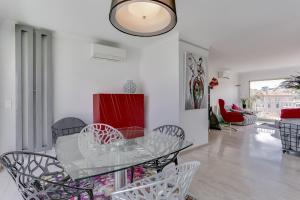 Wonderful fully renovated 2BR on the last floor., Apartmány  Cannes - big - 16