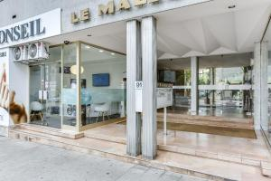Wonderful fully renovated 2BR on the last floor., Apartmány  Cannes - big - 21