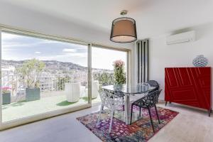 Wonderful fully renovated 2BR on the last floor., Apartmány  Cannes - big - 19