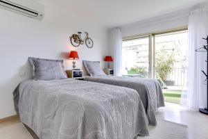 Wonderful fully renovated 2BR on the last floor., Apartmány  Cannes - big - 18