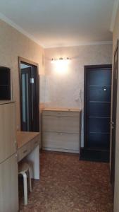 apartment Krupskoy 27/1, Apartmány  Omsk - big - 10