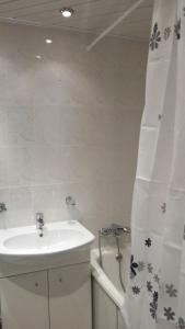 apartment Krupskoy 27/1, Appartamenti  Omsk - big - 7
