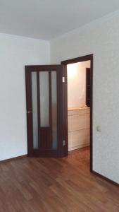 apartment Krupskoy 27/1, Apartmány  Omsk - big - 3