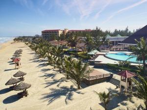 Centara Sandy Beach Resort Danang, Курортные отели  Дананг - big - 29