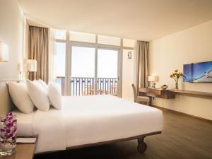 Centara Sandy Beach Resort Danang, Курортные отели  Дананг - big - 8