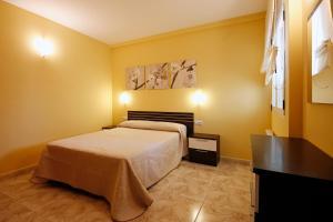 Apartamentos Querol, Appartamenti  Valderrobres - big - 11