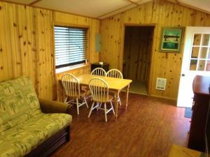 Cabins at Crooked River Ranch, Motels  Crooked River Ranch - big - 14