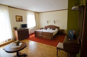 Hotel Husárik