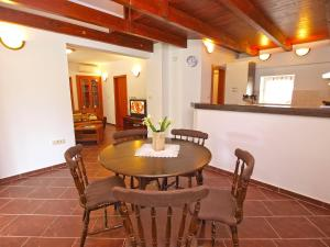 House Franko 1330, Case vacanze  Porec - big - 10