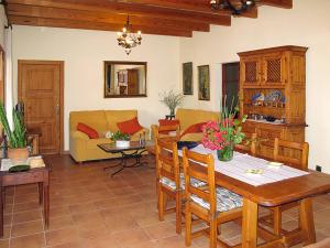 Ferienhaus Ca'n Picafort 300S, Holiday homes  Santa Margalida - big - 2