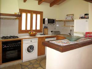 Ferienhaus Ca'n Picafort 300S, Holiday homes  Santa Margalida - big - 3