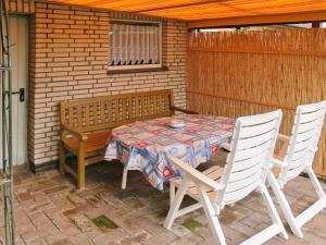 Ferienwohnung Ditzum 146S, Apartments  Ditzum - big - 8