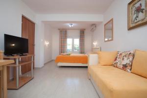 Apartments and Studios Giljaca