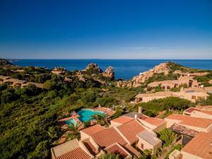 Ginepro Giallo, Holiday homes  Costa Paradiso - big - 31