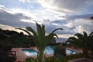 Ginepro Giallo, Holiday homes  Costa Paradiso - big - 23