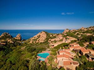 Ginepro Giallo, Holiday homes  Costa Paradiso - big - 15