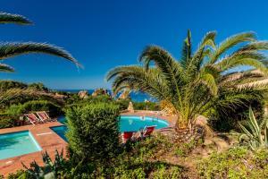Ginepro Giallo, Holiday homes  Costa Paradiso - big - 13