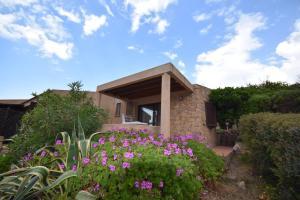 Ginepro Giallo, Holiday homes  Costa Paradiso - big - 9