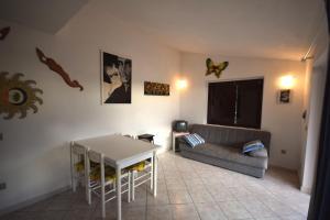 Ginepro Giallo, Holiday homes  Costa Paradiso - big - 4