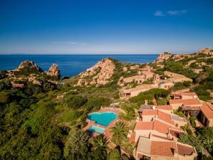 Ginepro Giallo, Holiday homes  Costa Paradiso - big - 27