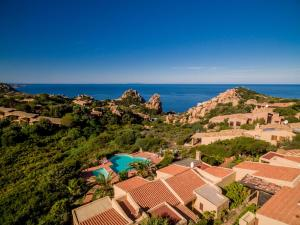 Ginepro Rosso, Holiday homes  Costa Paradiso - big - 22