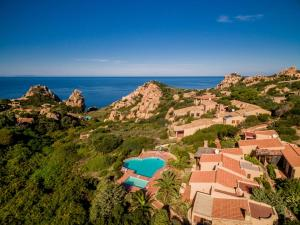 Ginepro Rosso, Ferienhäuser  Costa Paradiso - big - 11