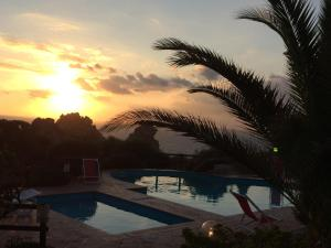 Ginepro Rosso, Ferienhäuser  Costa Paradiso - big - 7