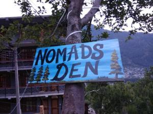 Nomad's Den - A Backpacker Hostel