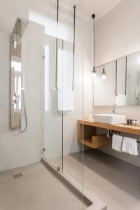 Monk suites by MLT at Ermou, Hotels  Athen - big - 17