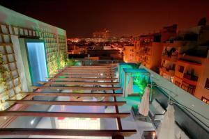 Valentina Beach Apartments & Suites