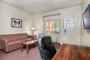 University Park Inn & Suites, Hotel  Davis - big - 7