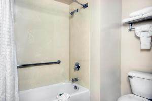 University Park Inn & Suites, Hotel  Davis - big - 2