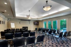 University Park Inn & Suites, Hotel  Davis - big - 13